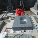 橿原市で墓石工事(墓石の取り付け)をいたしました。