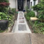 斑鳩町で玄関通路のバリアフリー化をいたしました。