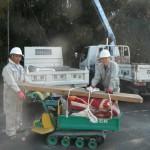 大淀町でのお墓工事(石碑の取り付け作業)