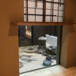 お墓ではございませんが、京都市内での坪庭工事をいたしました。