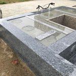 立派な夫婦墓が出来上がりました。